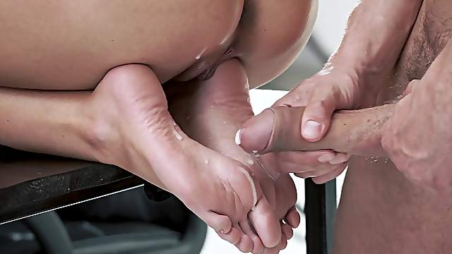 Cum Feet Foot